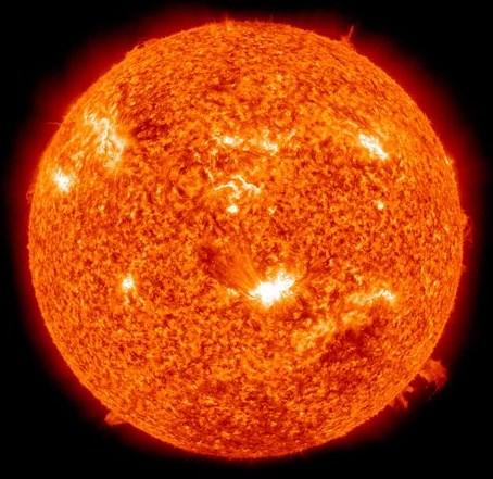 太陽:1,392,000,000m